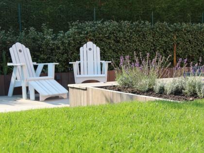Landelijke tuin met een natuurlijke afwerking