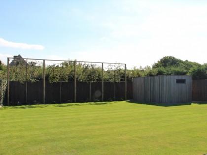 Aanleg van tuinen met natuurlijk grassen i archituin for Moderne afsluiting tuin