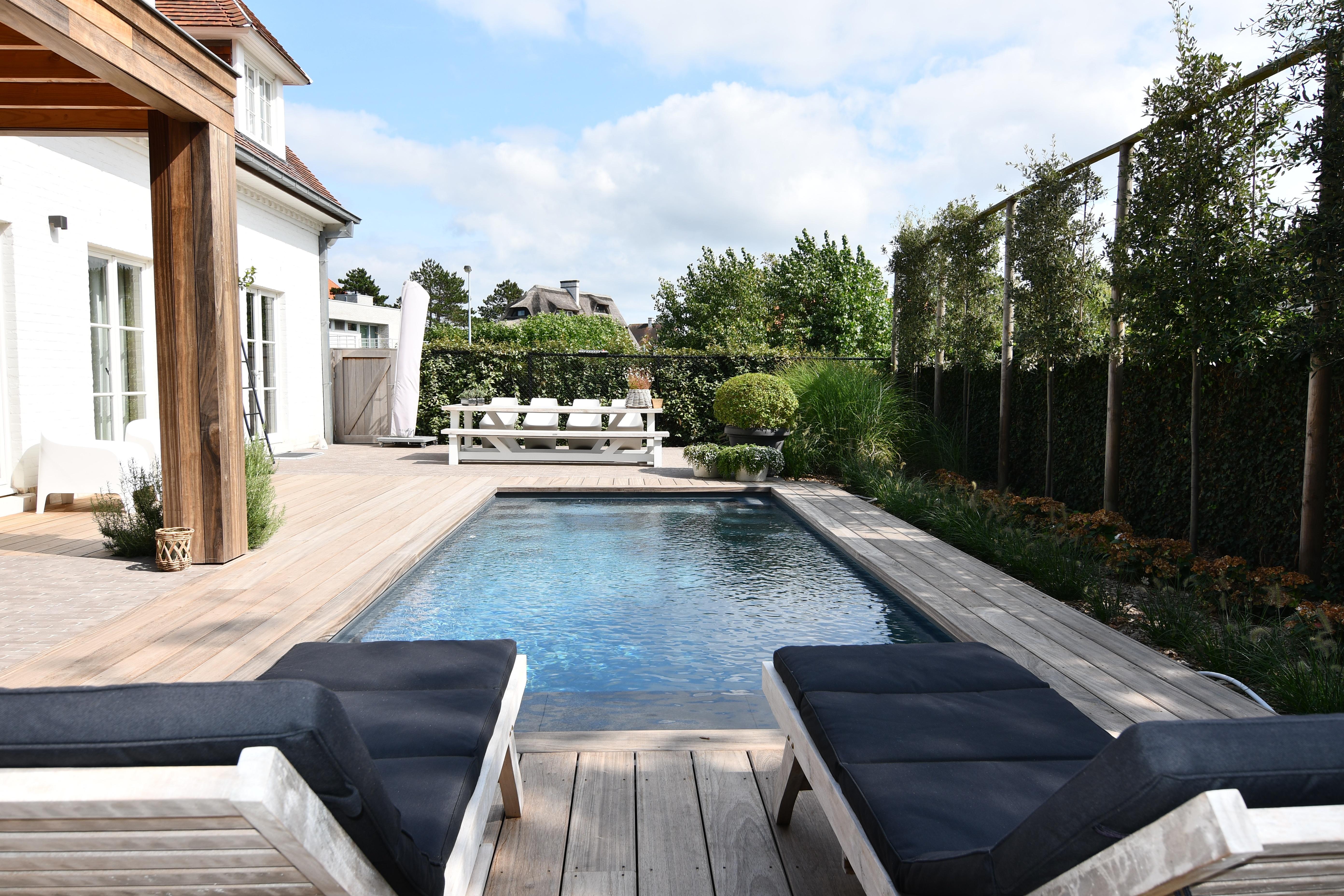 Onderhoudsvriendelijke Tuin Zwembad : Totaalproject met exclusive line hoogwaterstand zwembad bekijk